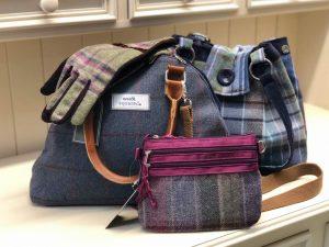 ladies bags & gloves